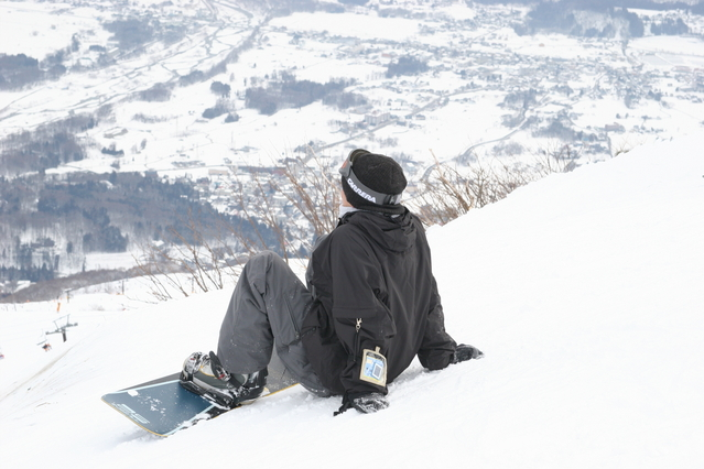 スノボ板の選び方【初心者から中級者向け】|スキー・スノボ研究所